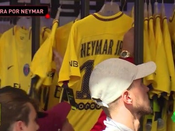 Los aficionados del PSG, locos por Neymar: ya ha vendido más de 30.000 camisetas