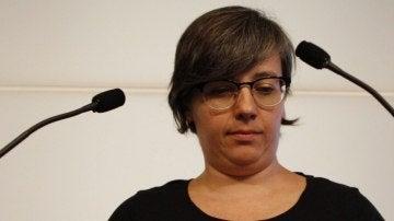 La presidenta del grupo parlamentario de la CUP, Mireia Boya, en una rueda de prensa en el Parlament