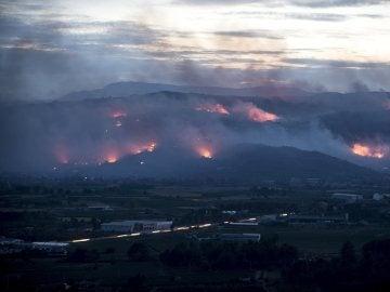 Incendio forestal en Monterrei (Ourense)