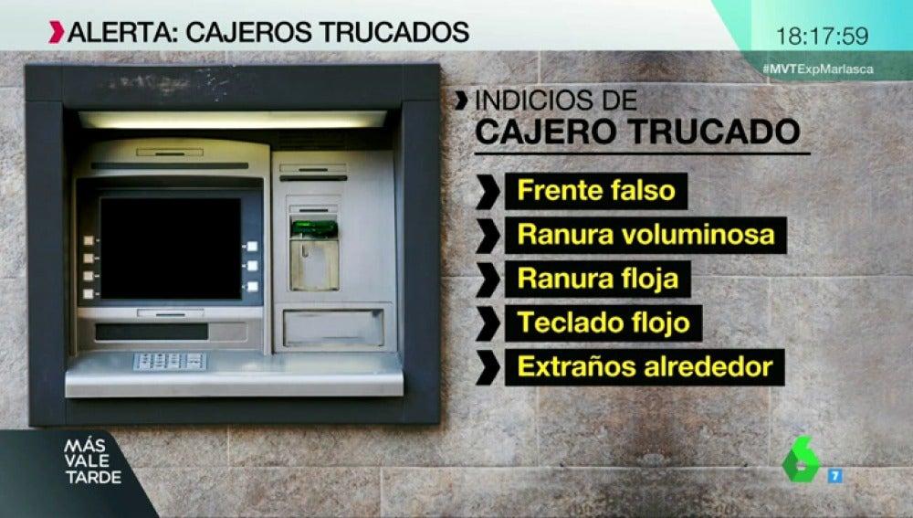 Falsos teclados y depositores de tarjeta, cámaras diminutas... así son los nuevos métodos de robo en cajeros automáticos