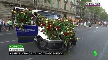 Homenaje a la Guardia Urbana en la manifestación de Barcelona