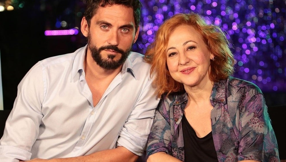Paco León y Carmen Machi, protagonistas de 'La Tribu'