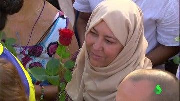 Una musulmana se manifiesta en Barcelona contra el terrorismo