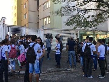 Los alumnos del colegio quedaron en estado de shock tras lo sucedido