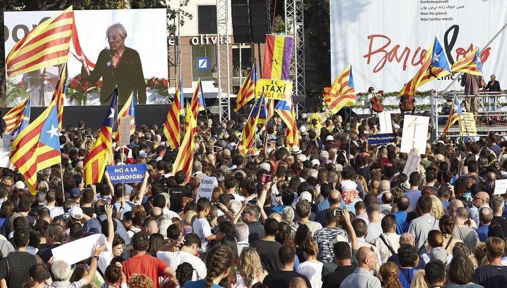 Esteladas en la manifestación de Barcelona