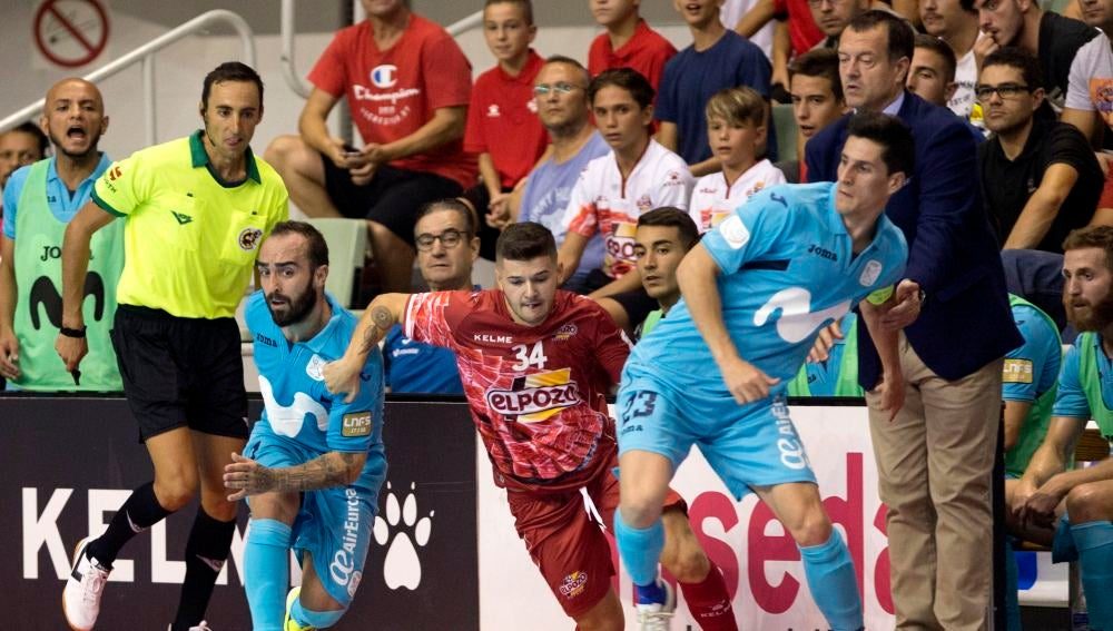 Momento del partido entre Inter Movistar y ElPozo Murcia