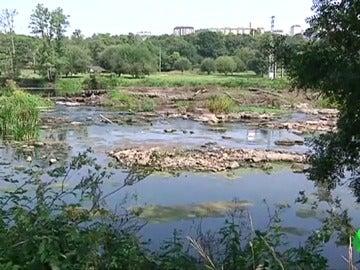 La sequía en Galicia hace que el río Miño ya pueda cruzarse a pie