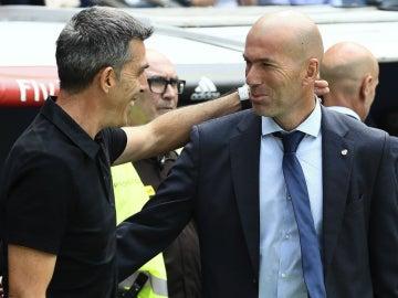 Zidane saluda a Muñiz