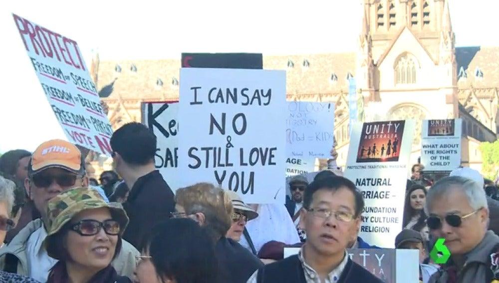 Un centenar de personas se manifiestan en Sidney en contra del matrimonio homosexual