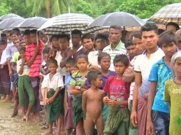 Los rohinyás, la minoría étnica birmana que huye a Bangladesh buscando refugio