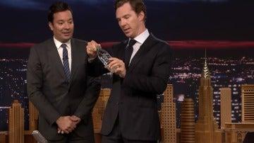 El sorprendente truco que realizó el actor Benedict Cumberbatch en un programa de televisión