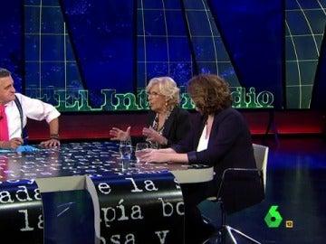 Manuela Carmena y Ada Colau visitan El Intermedio