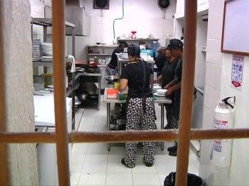 Una cárcel de Colombia abre un restaurante dirigido por 20 reclusas
