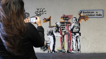 Obra del grafitero Banksy en Londres