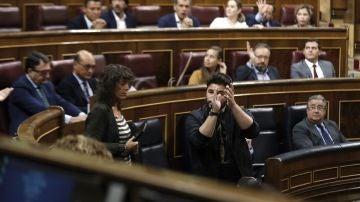 El portavoz adjunto de ERC, Gabriel Rufián, durante su intervención en la sesión de control