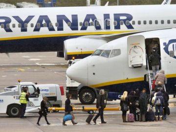 Imagen de un avión de Rayanair