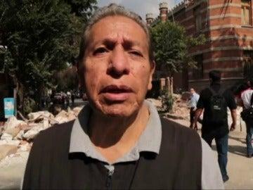 """Pánico y tensión en México tras el devastador terremoto: """"Vi desmoronarse un edificio, había niños dentro"""""""