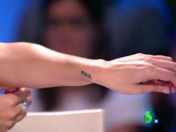 """Paula Prendes celebra el Día Mundial de la Paz con un """"bonito"""" tatuaje"""