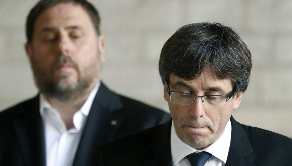 Oriol Junqueras, vicepresident de la Generalitat, y Carles Puigdemont, president de la Generalitat