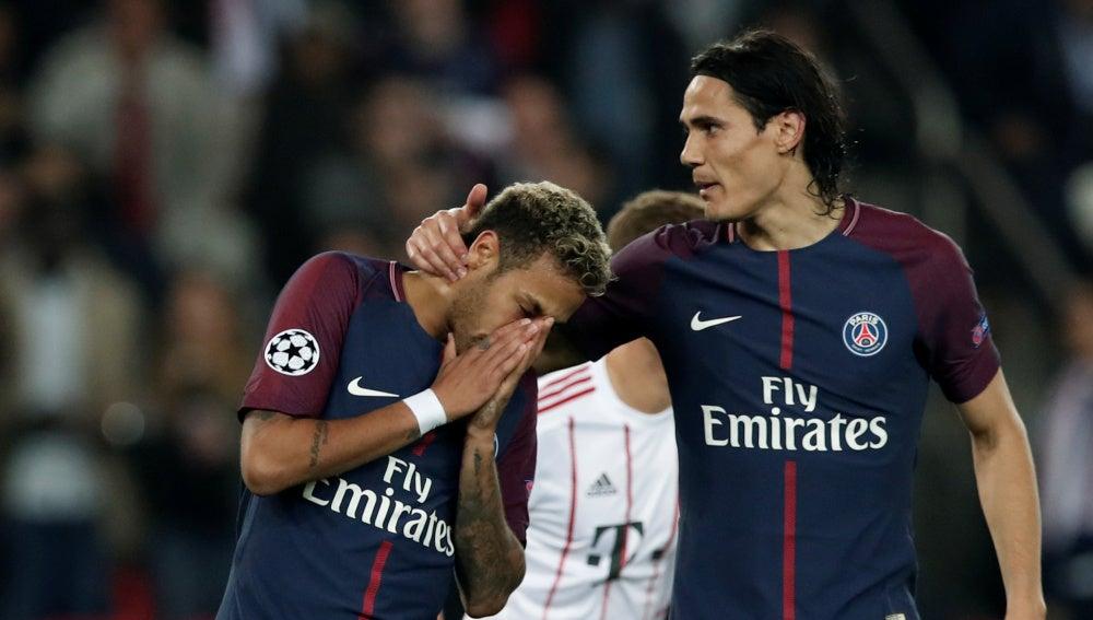 Cavani y Neymar en el duelo PSG - Bayern de Múnich