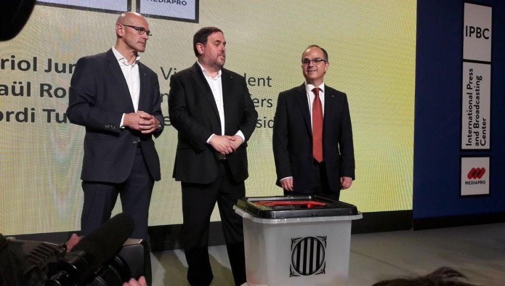 Raul Romeva, Oriol Junqueras y Jordi Turull