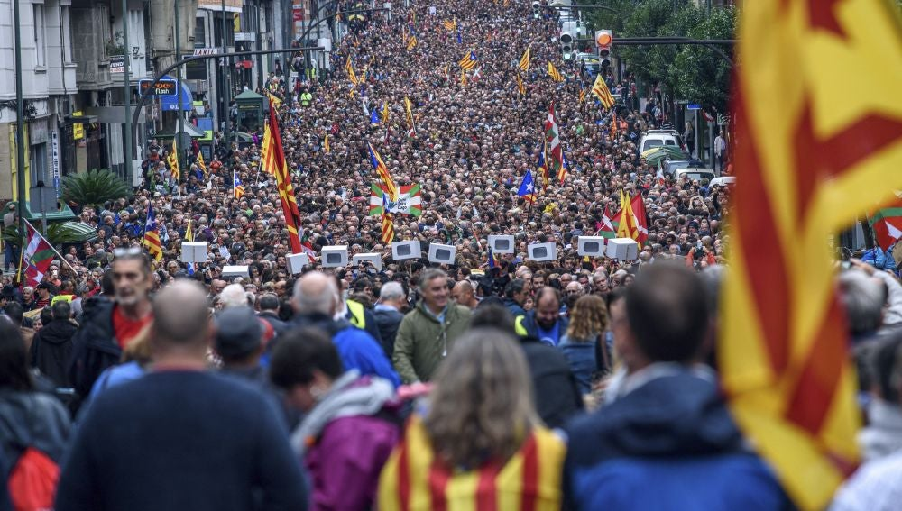 Manifestación en Bilbao a favor del referéndum del 1-O