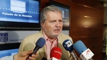 El portavoz del Gobierno, Íñigo Méndez de Vigo, en declaraciones en el Palacio de La Moncloa