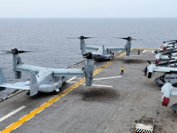 Un MV-22 Osprey participando en unas maniobras aéreas conjuntas de logística de las fuerzas armadas de Corea del Sur y EEUU