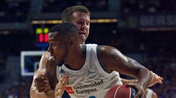 El Real Madrid de baloncesto arranca con victoria frente al MoraBanc Andorra