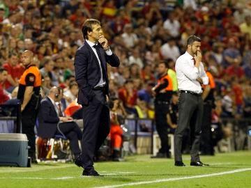 Lopetegui, durante el España - Albania