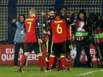 La selección de Bélgica celebra un gol