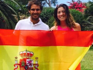 Muguruza y Nadal posaron con la bandera de España en el US Open