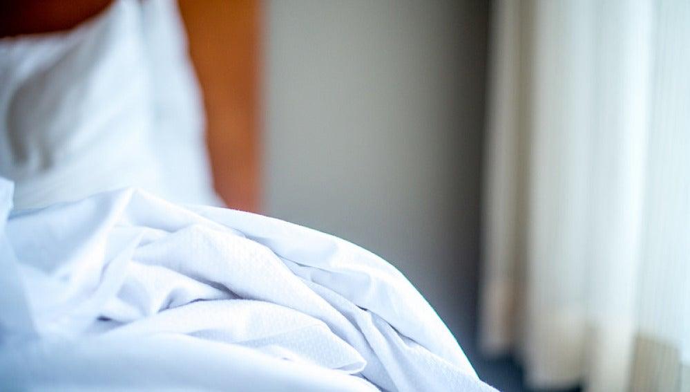 Por muy limpias que estén nuestras sábanas, cada noche dormimos con miles de bacterias