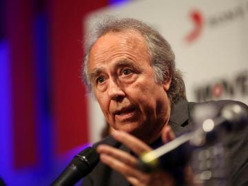 El cantautor español Joan Manuel Serrat