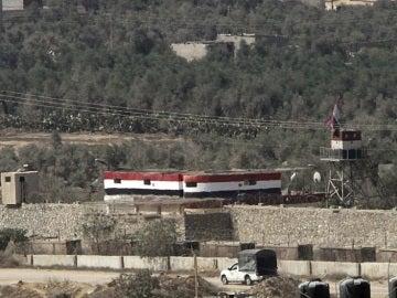 Puesto de control palestino en la frontera entre Egipto y la Franja de Gaza