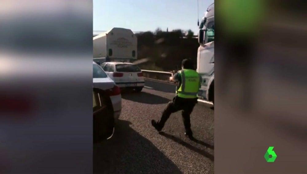 Varios disparos al aire y más de 100 kilómetros: así ha sido la persecución a dos individuos tras robar un coche en Salamanca