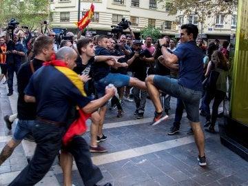 Agresiones durante la manifestación del 9-O en Valencia