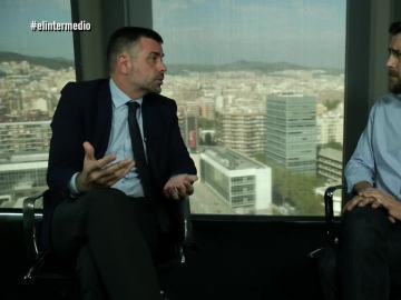 Santi Vila habla con Gonzo en El Intermedio