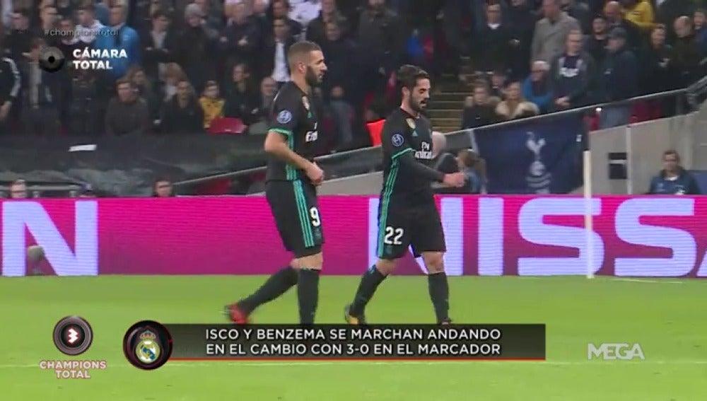 Isco y Benzema se van caminando con 3-0 en el marcador cuando Zidane les sustituyó