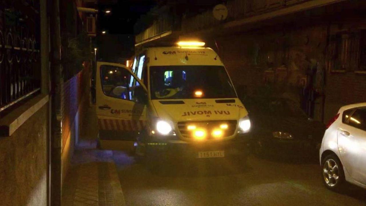 La ambulancia que se trasladó hasta el lugar de los hechos