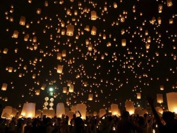 Festival Yi Peng, Tailandia