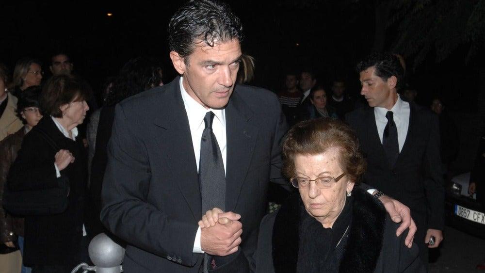 Antonio Banderas con su madre