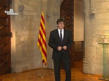 Carles Puigdemont dando un discurso
