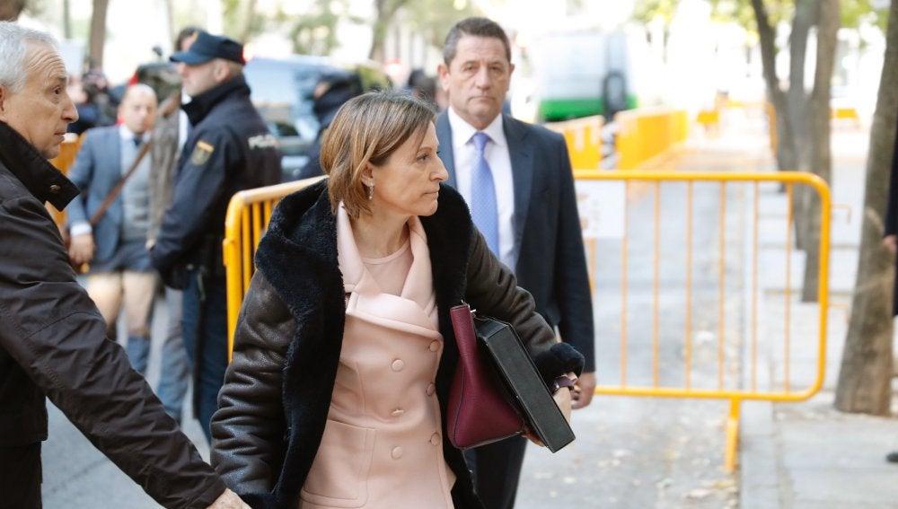 La presidenta del Parlament, Carme Forcadell, a su llegada hoy al Tribunal Supremo