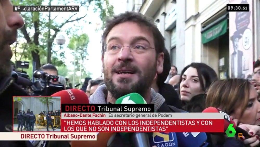Fachin habla con José Yélamo