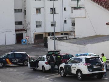 Un agente de la Guardia Civil ha resultado herido leve en Algeciras (Cádiz)