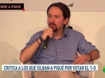 """Pablo Iglesias defiende a Piqué: """"Estoy orgulloso de tener una selección que celebra con la 'rojigualda', la 'senyera', la 'ikurriña' o la que sea"""""""