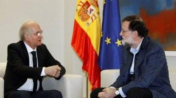 Mariano Rajoy reunido con Antonio Ledezma en La Moncloa