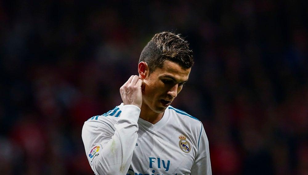Cristiano Ronaldo se lamenta tras una acción en el Wanda Metropolitano