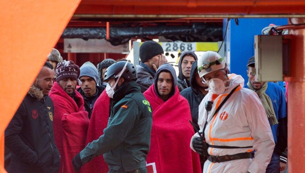 Los inmigrantes han llegado en las últimas horas a Cartagena transportados por el patrullero